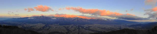 陣馬形山キャンプスペースからの絶景